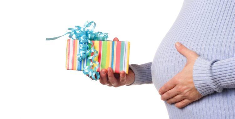 Find gode forslag til gaver til barnedåben