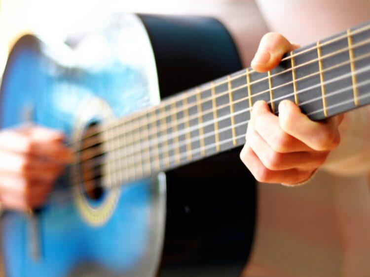 Når der skal synges er det vigtigt at købe en god mikrofon